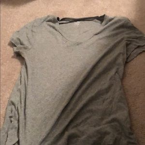 old navy fitted grey V neck XL